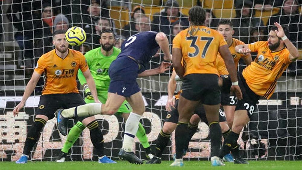 Tottenham thắng Wolves ở phút bù giờ